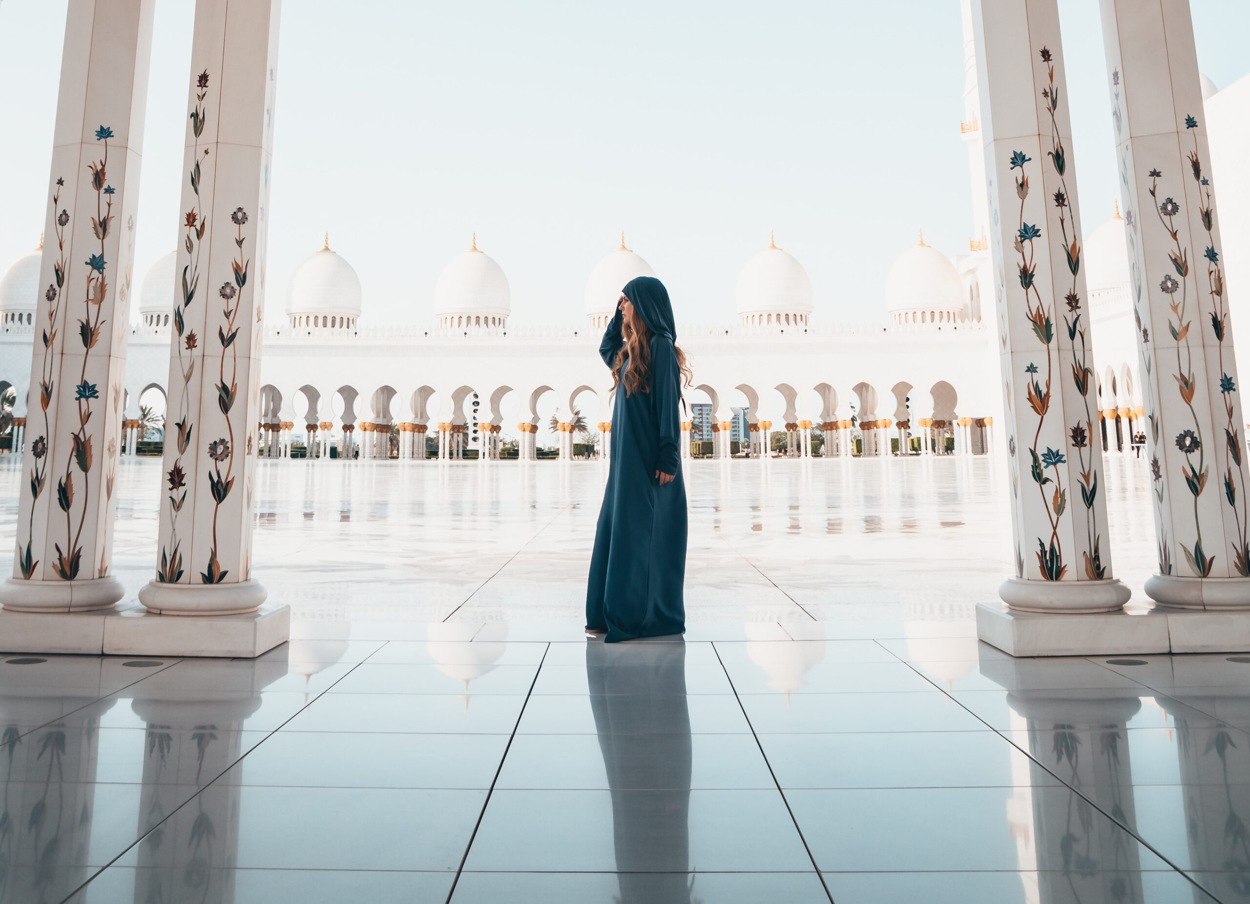Your individual middle path: 10 must-read pieces of advice for female converts to Islam